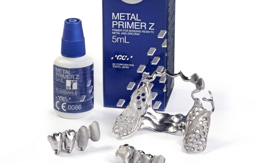 GC Metal Primer Z und GC Fujirock EP ergänzen zahntechnisches Portfolio