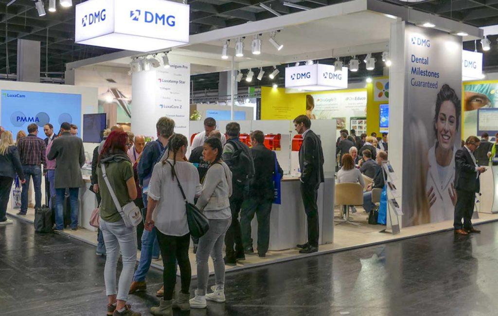 Gute Laune in 3D: DMG auf der IDS 2017