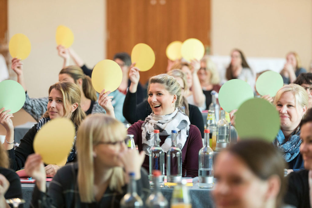 Gemeinsam Praxiszukunft schreiben:  Die Health AG veranstaltet Co-Evolution-Lab mit Praxismitarbeitern