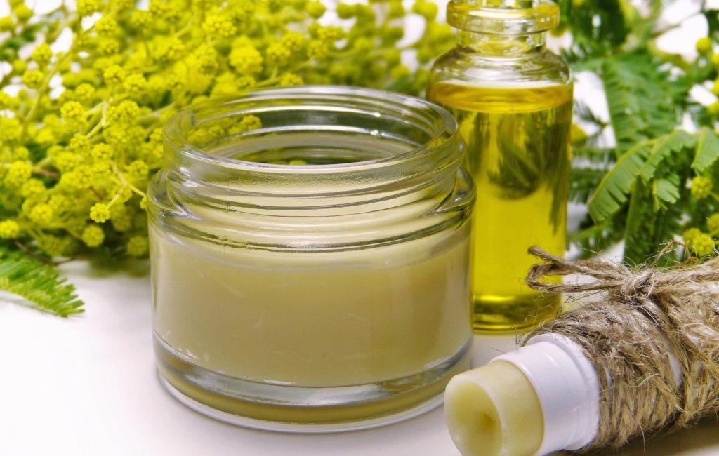 Mit ätherischen Ölen gegen die Dysbiose der Mundflora