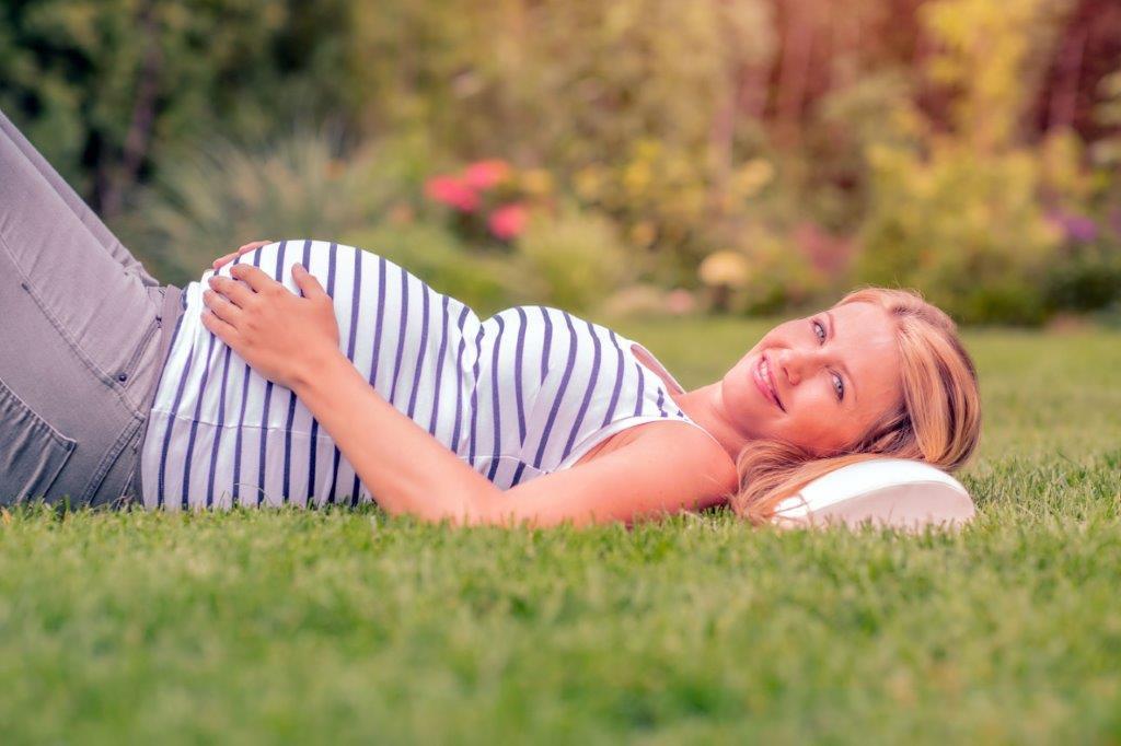 Zahngesund durch die Schwangerschaft: Praxistipps für eine effektive Prophylaxe